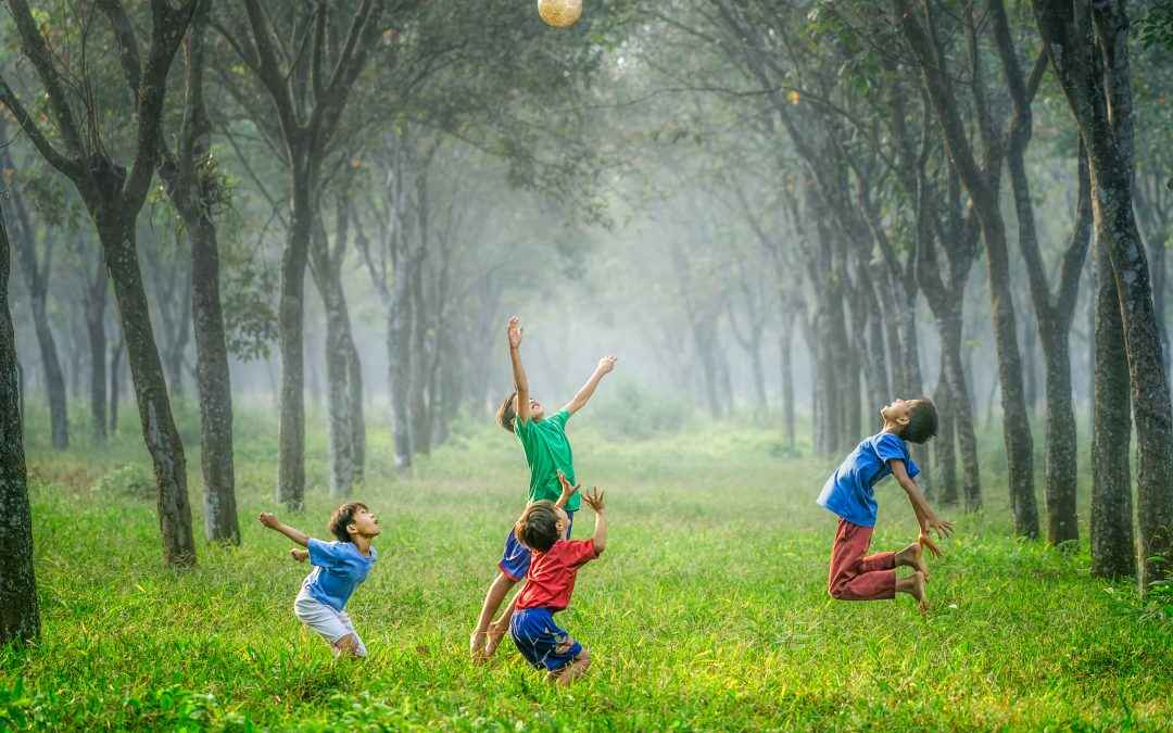 Image   Blog   Blank Image Kids Playing
