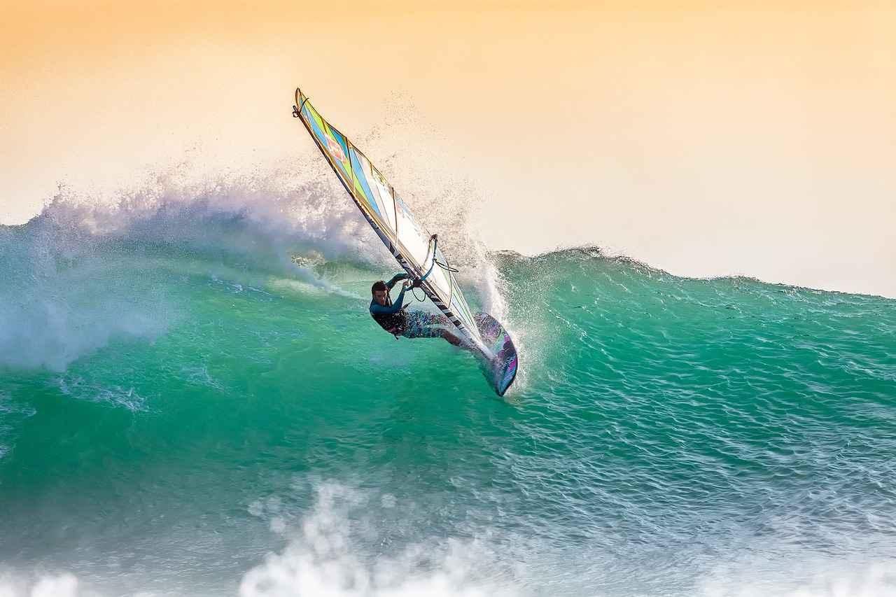 windsurfing-2212364_1280