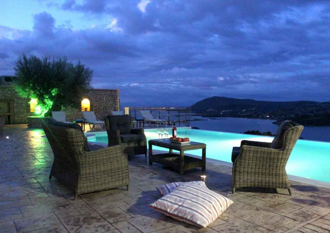 Lefkas_pool_at_night_for_sales_page_retreat_Greece_2018.jpg