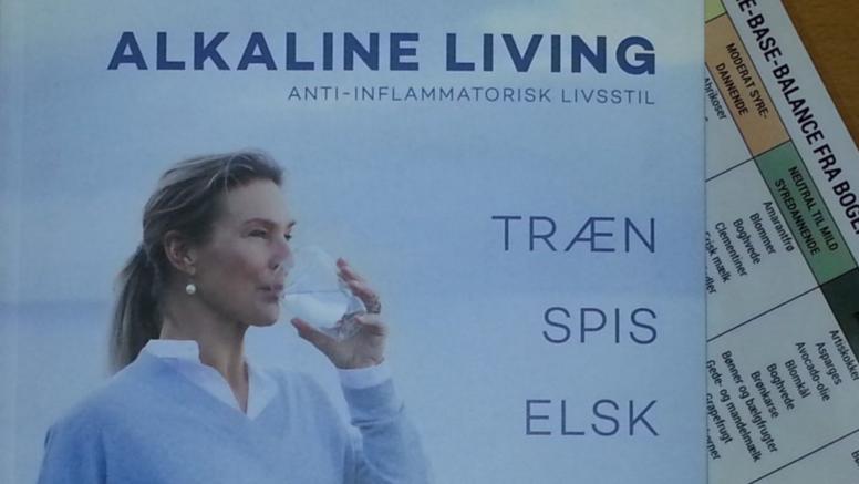 Bog: ALKALINE LIVING