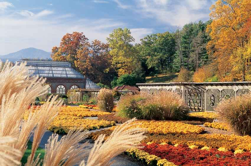 walled_garden_fall_12x8__large.jpg