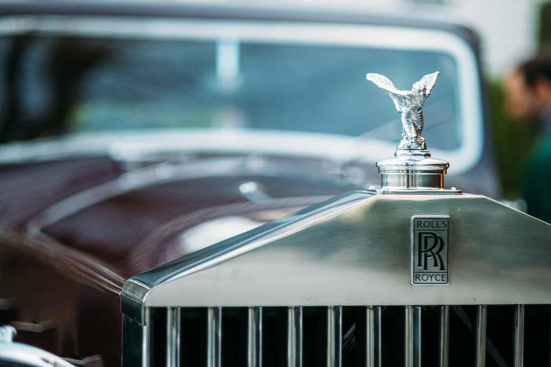 Rolls royce david-hellmann-ZDeQTKPb4eI-unsplash