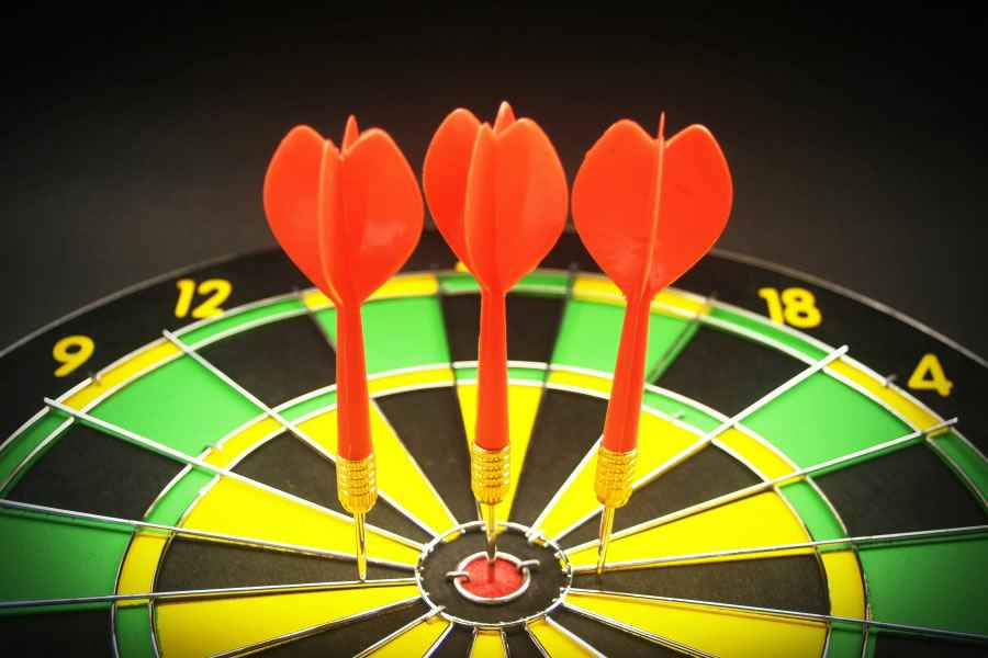 dart-board-3-darts.jpg