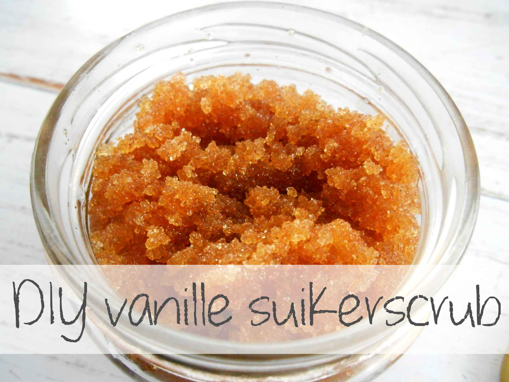 DIY-vanille-suikerscrub.jpg