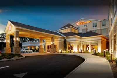 Hilton Garden Inn Roslyn - Outside