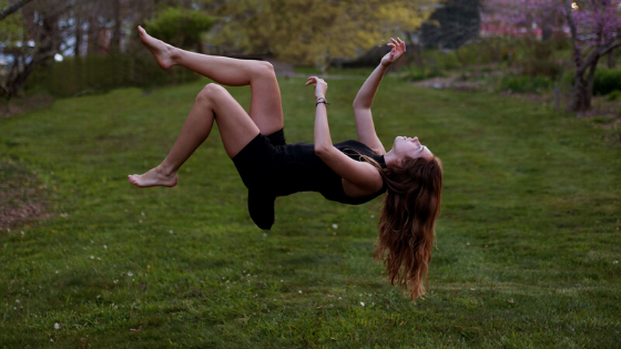Blogg_ surrender falling