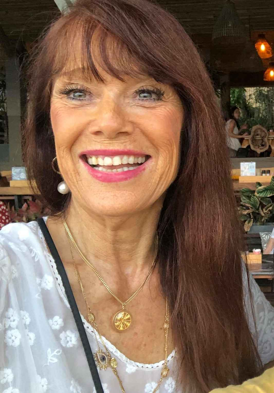 Janet Attwood White shirt