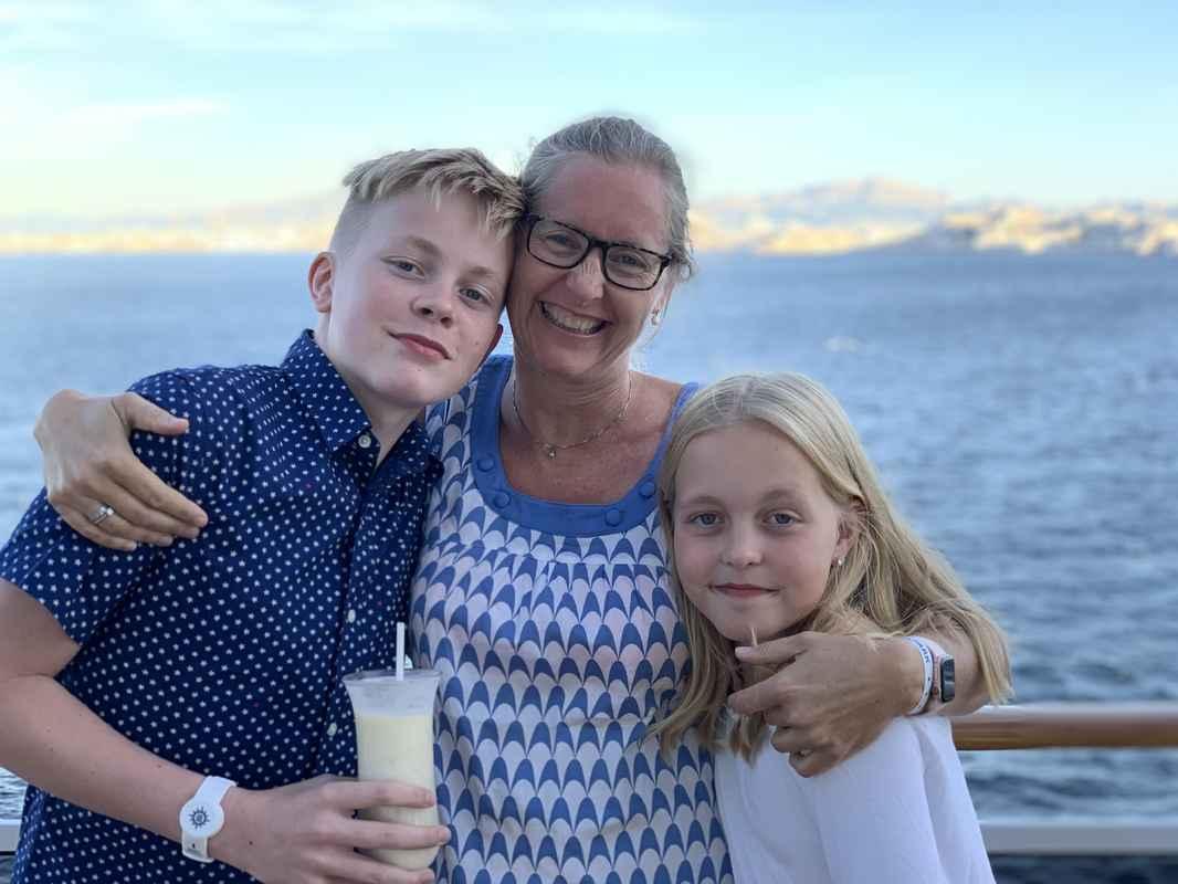 jeg og barna på cruise
