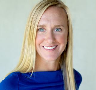 Erin Casperson Headshot