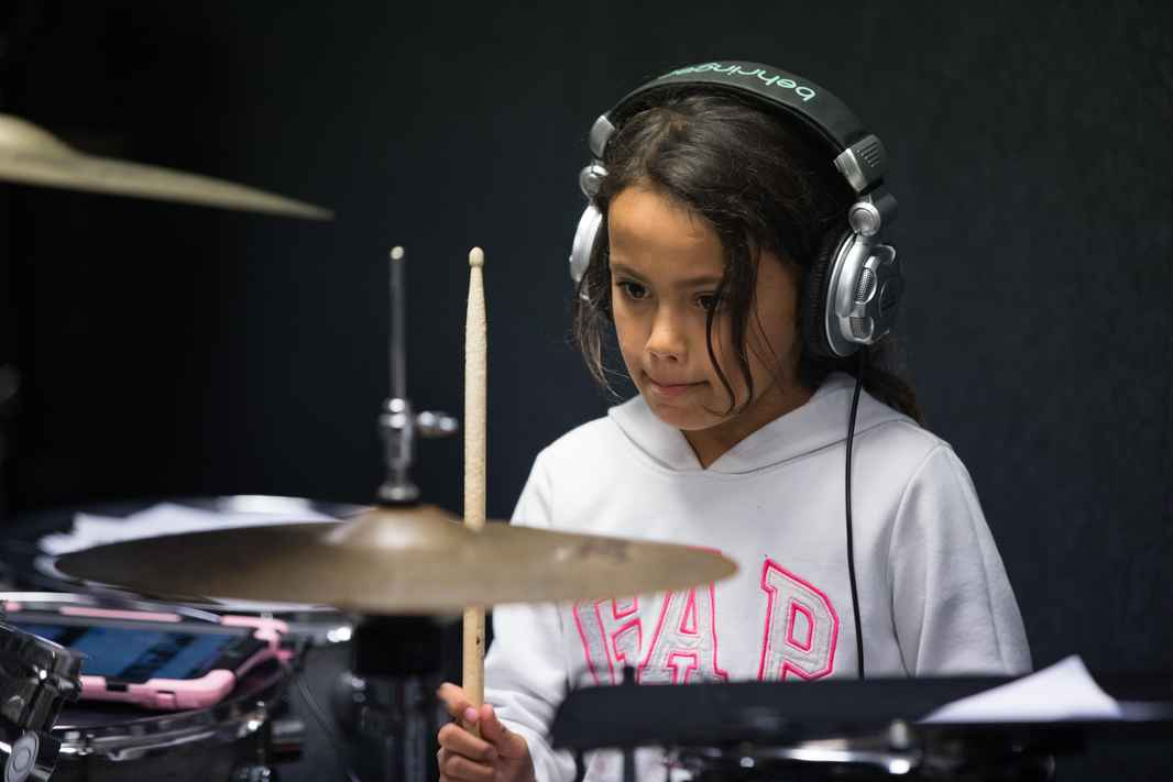 drum lessons, band classes, bass