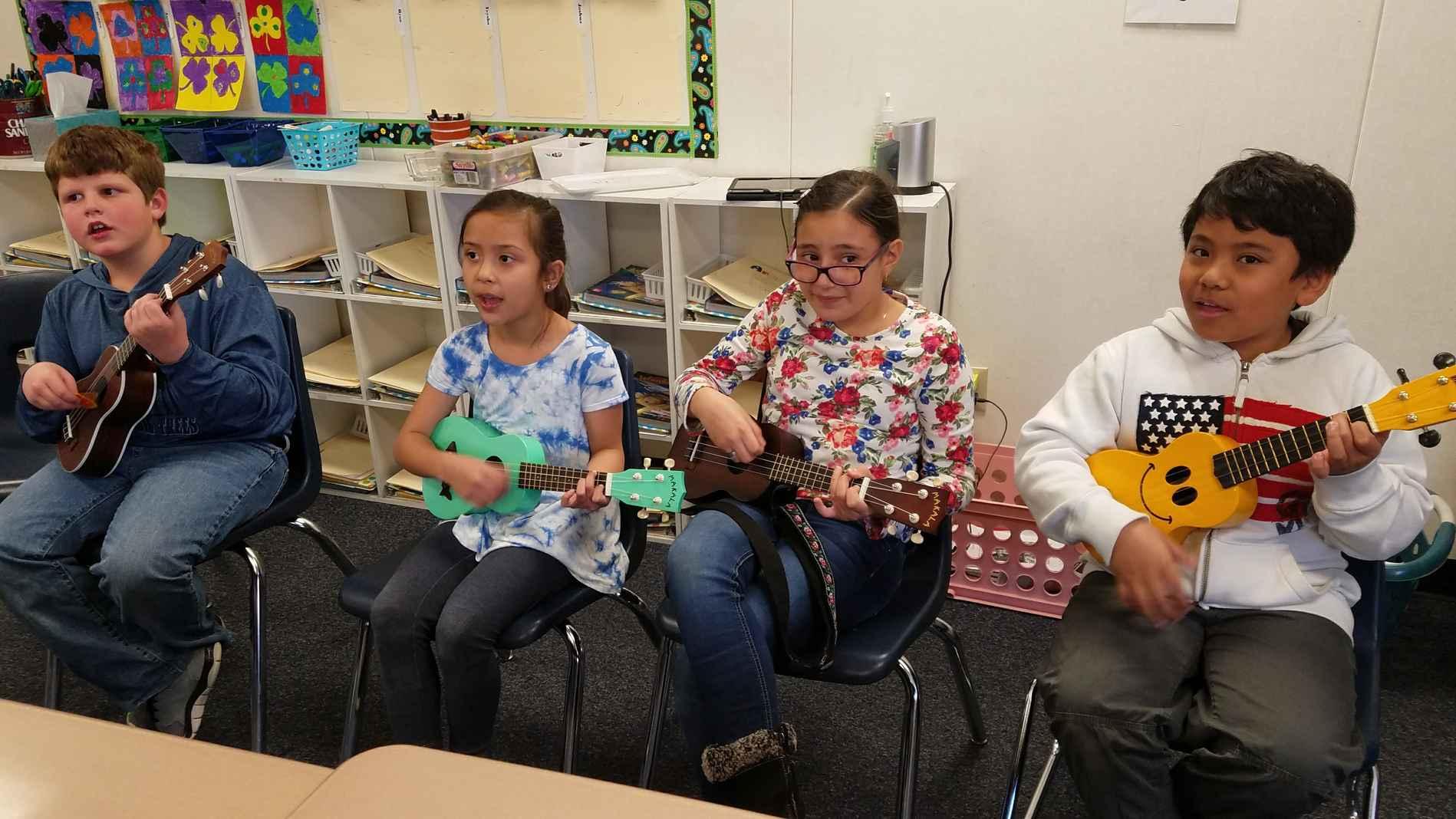 playing ukulele together