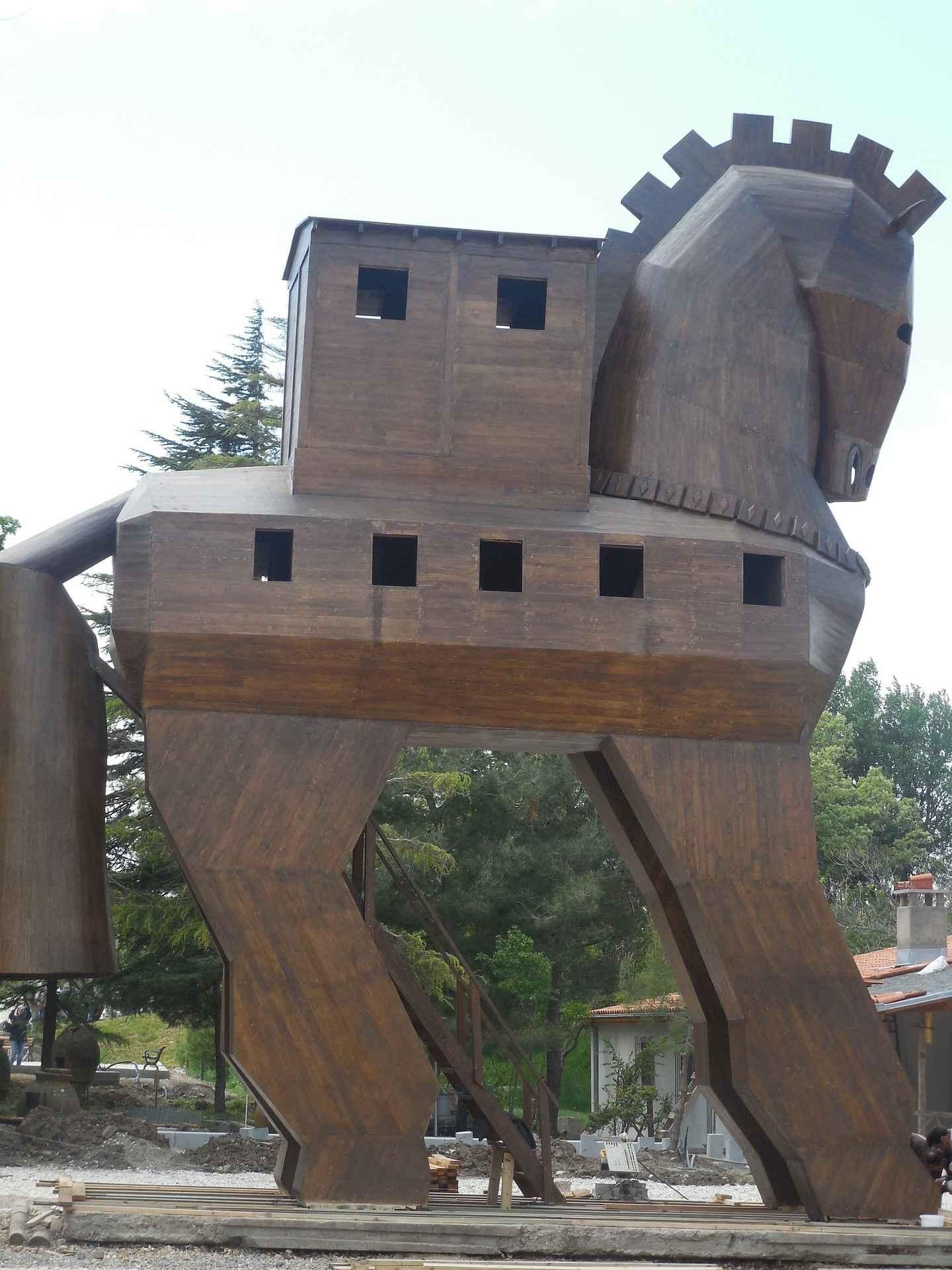 trojan-horse-277525_1920
