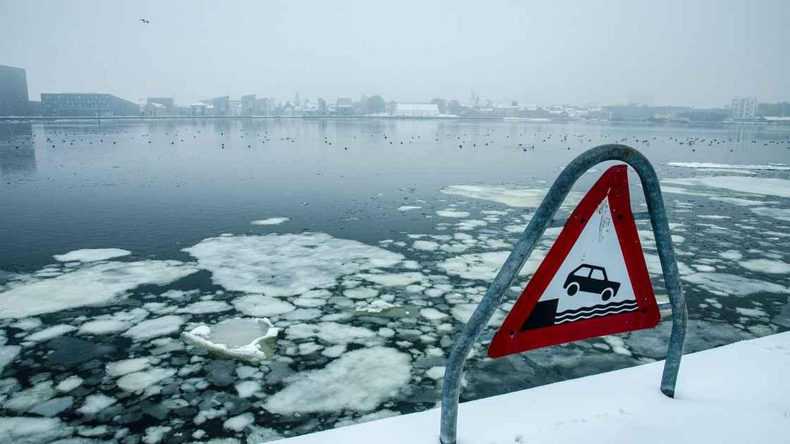 Vinter - Isfyldt Farvand 003