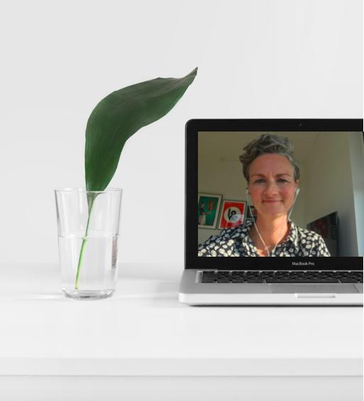 Mentoring - Diversitet i bestyrelsen - Nyibestyrelsen.dk - Laura Vilsbæk - Photo by Sarah Dorweiler on Unsplash - Portrait