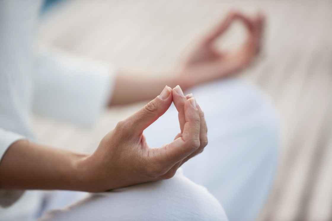 meditationshænder.jpg