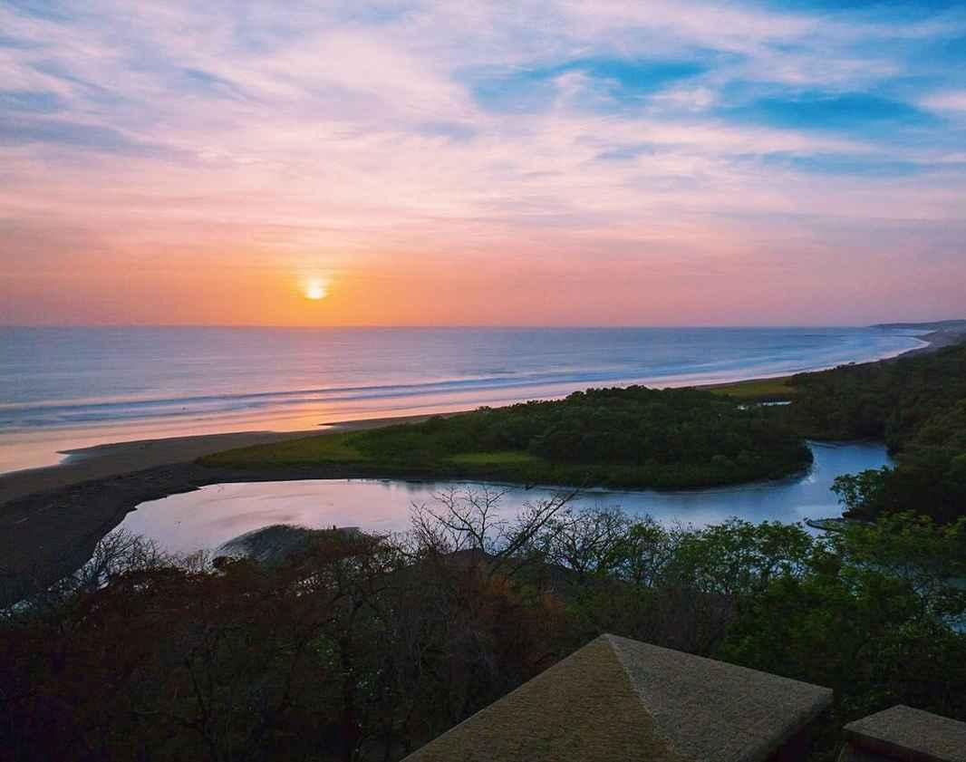 Lagarta Lodge Sunset