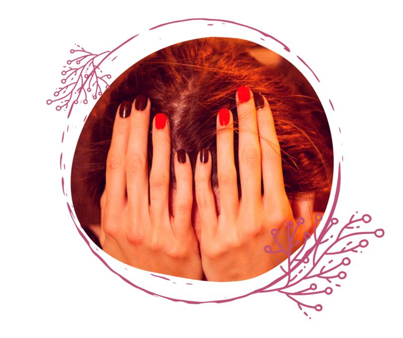 Kvinde Cirkel hænder tager sig til hovedet