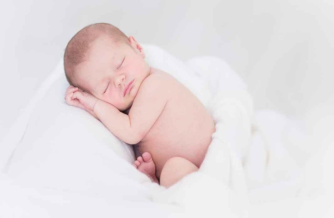 Landingpage 04 - Sov godt baby. Billede af Claire51700 fra Pixabay