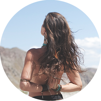 woman-beach-armsbehind_350x350
