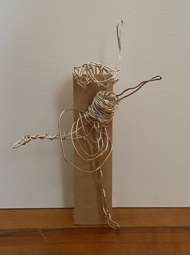 Small ballet girl, silver wire sculpture on wooden block (8.5x7x12.5cm)