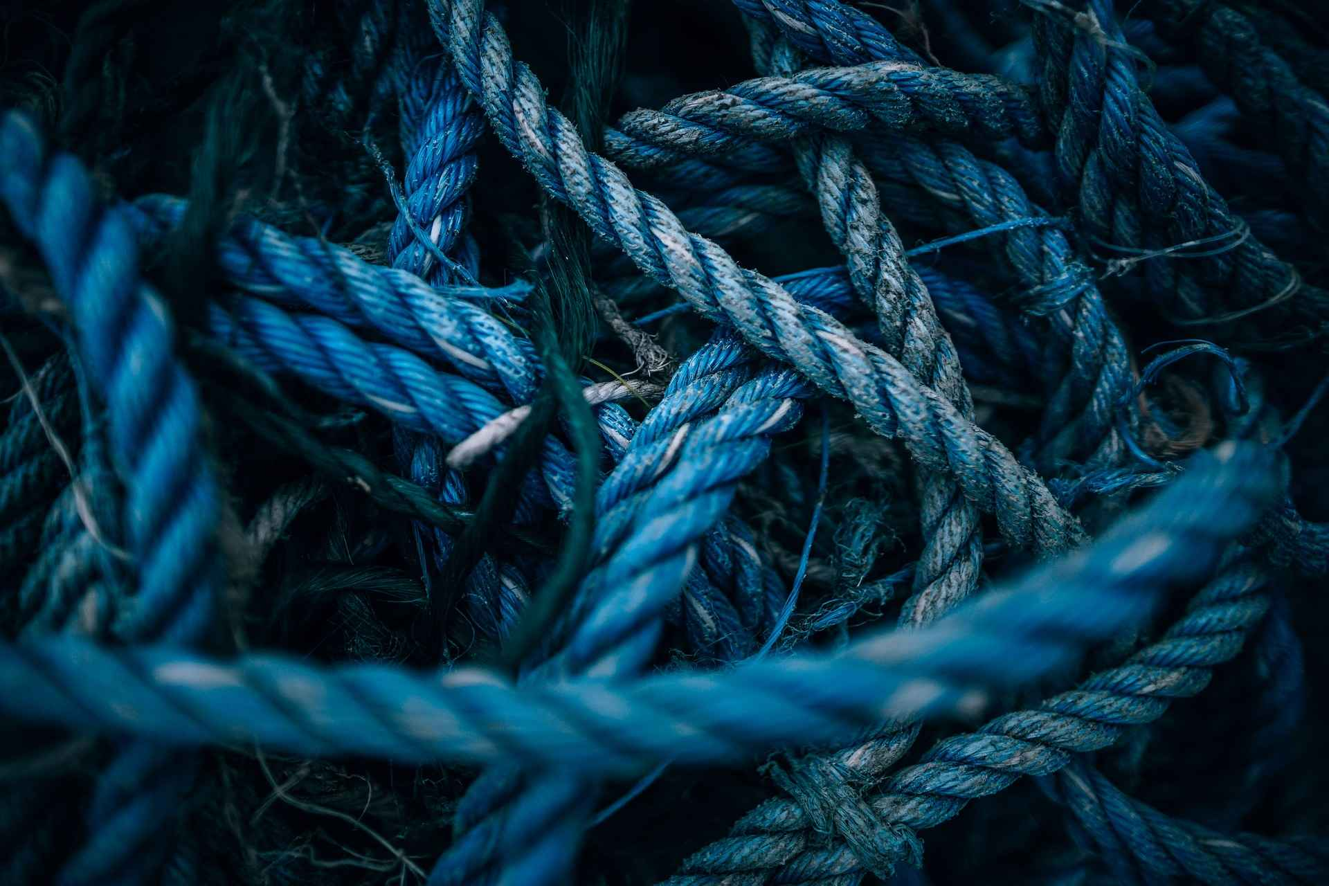 teal-knot-twisted-rope