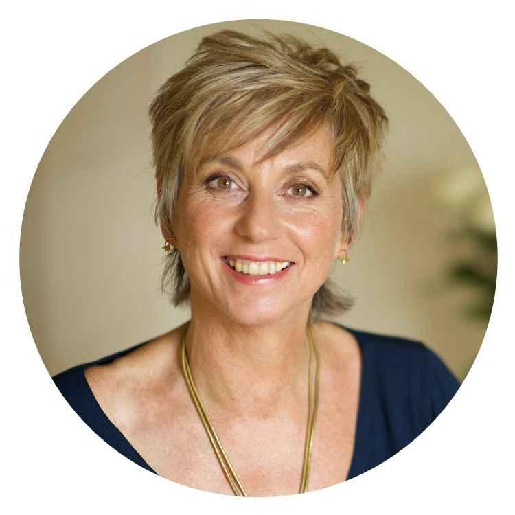Sue Holmes_circle